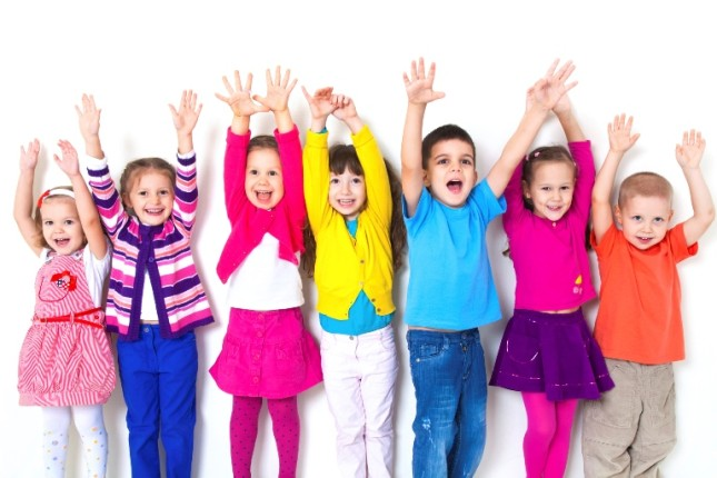 Bambini colorati e felici
