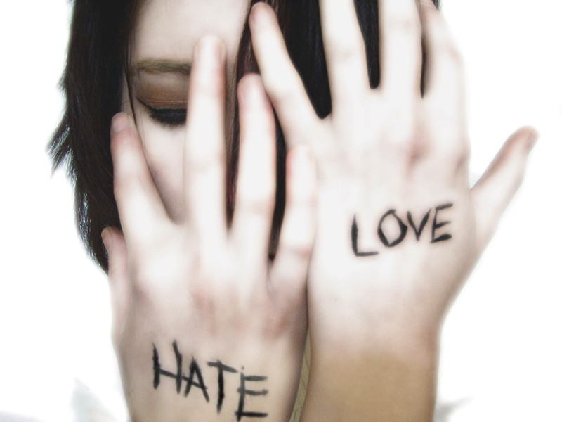 Amore Odio - Amore per sé stesso -  Hate Love