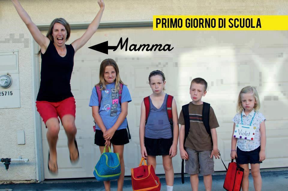 Primo giorno di scuola 2012  Tutti Felici? No solo le mamme!!! :)