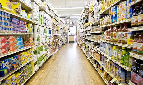 Spiare al supermercato
